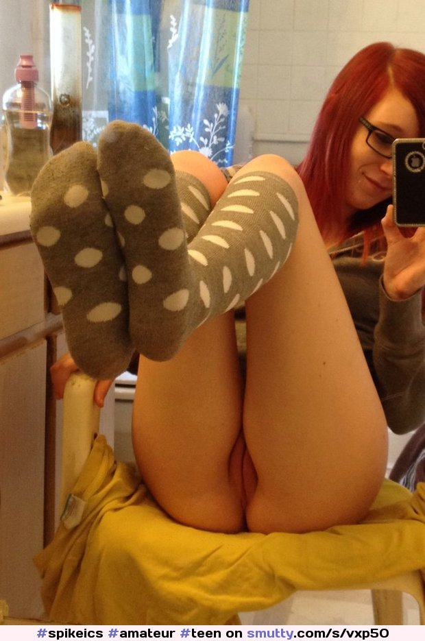 naked glasses smutty selfpic